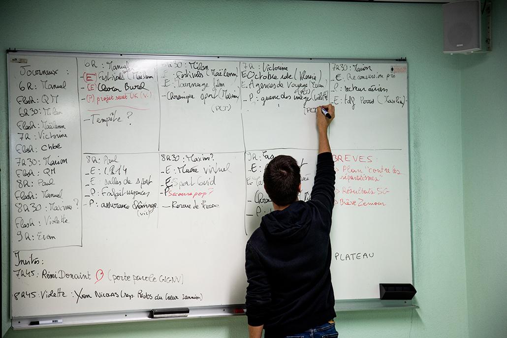 Semaine radio à l'IUT de Lannion.  Un étudiant en Infocom journalisme  les sujets d'actu !!